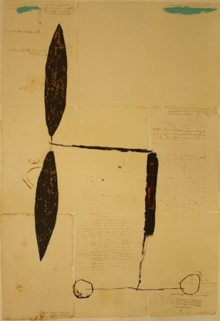 Avió hélix daurada sobre manuscrit